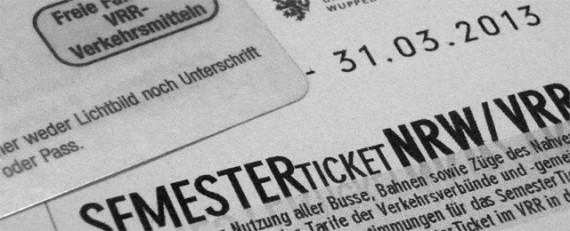 Studieren des Tickets wegen - das möchte die Landesregierung NRW gesetzlich unterbinden.