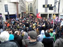 """Gegendemonstration der Wuppertaler Initiative zu """"Pegida"""", """"HoGeSa"""" und Salafisten   © mw"""